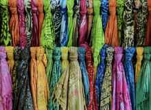 Shawl and scarf for sale in boutique Royalty Free Stock Photos