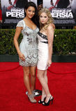 Shay Mitchell e Ashley Benson immagini stock