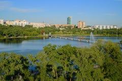 Shcherbakova-Park in Donetsk lizenzfreie stockfotos