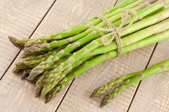 Sheaf of ripe green asparagus Royalty Free Stock Photo