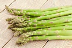 Sheaf of ripe green asparagus Royalty Free Stock Photos