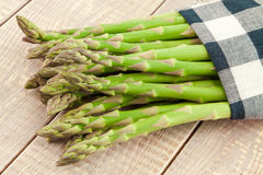 Sheaf of ripe green asparagus Stock Photography