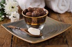 Sheanuts et beurre Photographie stock libre de droits