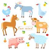 母鸡 山羊 鹅 马 母牛 猪 绵羊 动物农场横向许多sheeeps夏天 宠物 在白色背景的动物 图库摄影