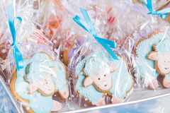 Sheep gingerbread cookies on gift bags Stock Photography