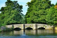 Sheepwash-Brücke, Ashford-In-D-Wasser Stockbilder