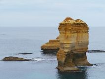Sheer cliffs and rock stacks in the ocean Royalty Free Stock Photography