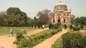 Sheesh Gumbad - Tomb From The Last Lineage Of The Lodhi