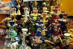 Sheeshas bij de Behandelde Bazaar, Istanboel Stock Afbeeldingen