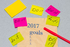 A sheet of paper with a list of objectives for 2017, with sticke Royalty Free Stock Photos