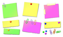 Sheets for notes, with drawing pins and staples. Illustration depicting various sheets for notes, fixed with drawing pins or staples Royalty Free Stock Photography