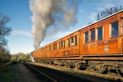 SHEFFIELD PARK, EAST SUSSEX/UK - NOVEMBER 22 : Bluebell leaving. Sheffield Park Station East Sussex on November 22, 2015 Stock Images