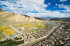 Shegar Dzong (monastério de Chode) em Tingri em Tibet Imagens de Stock Royalty Free