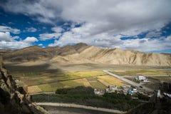 Shegar Dzong (monastério de Chode) em Tingri em Tibet, China Imagens de Stock