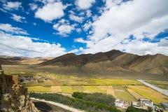 Shegar Dzong (monastério de Chode) em Tingri em Tibet, China Imagens de Stock Royalty Free