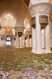 Sheikh δωμάτιο προσευχής μουσουλμανικών τεμενών Zayed στοκ εικόνα