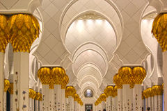 Sheikh μεγάλο σχέδιο λουλουδιών στυλοβατών μουσουλμανικών τεμενών Zayed Στοκ Εικόνα