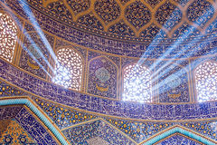 Sheikh μουσουλμανικό τέμενος Lotfollah στο τετράγωνο naqhsh-ε Jahan στοκ εικόνες