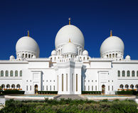 Sheikh το μεγάλο μουσουλμανικό τέμενος Zayed, Αμπού Ντάμπι είναι το μεγαλύτερο στα Ε.Α.Ε. Στοκ Εικόνες