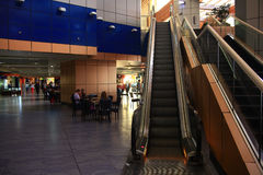 Sheikh EL Sharm, στις 12 Ιουνίου της ΑΙΓΎΠΤΟΥ â€ «: κυλιόμενες σκάλες στον αερολιμένα στις 12 Ιουνίου 2015 Στοκ Εικόνες