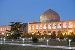 Sheikh Lotfollah Mosque i Isfahan, Iran Royaltyfria Bilder
