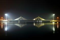 Sheikh Salman Causeway-brug, het ontwerp met zeil-als streptokok twee royalty-vrije stock afbeeldingen