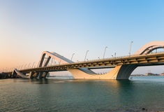 Sheikh Zayed Bridge Abu Dhabi, Förenade Arabemiraten Royaltyfri Bild