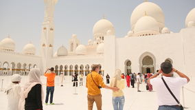 Sheikh Zayed Grand ABU DHABI y gente almacen de video