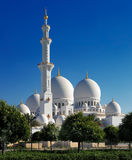 Sheikh Zayed Grand Mosque, Abu Dhabi é o maior nos UAE Fotografia de Stock