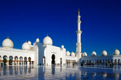 Sheikh Zayed Grand Mosque, Abu Dhabi is grootst in de V.A.E Stock Foto's
