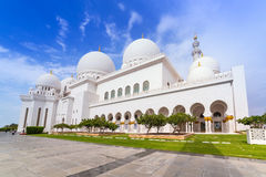 Sheikh Zayed Grand Mosque in Abu Dhabi Stock Photo