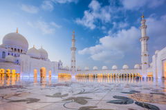 Sheikh Zayed Grand Mosque in Abu Dhabi, Vereinigte Arabische Emirate Stockbild