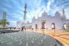 Sheikh Zayed Grand Mosque en Abu Dhabi, UAE Fotos de archivo libres de regalías