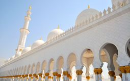 Sheikh Zayed Grand Mosque i Abu Dhabi Royaltyfri Bild