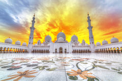 Sheikh Zayed Grand Mosque i Abu Dhabi, UAE Royaltyfria Foton