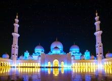 Sheikh Zayed Grand Mosque la nuit photo libre de droits