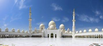 Sheikh Zayed Grande Mesquita em Abu Dhabi foto de stock royalty free