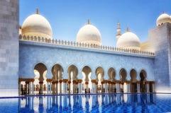 Sheikh Zayed kosza sułtanu Al Nahyan meczet, Abu Dhabi, Zlany arab obraz royalty free