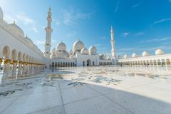 The sheikh zayed mosque in abu dhabi Stock Photos