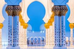 Sheikh Zayed Mosque Abu Dhabi, Förenade Arabemiraten Royaltyfria Bilder