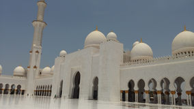 Sheikh Zayed Mosque-Abu Dhabi yttersida Arkivfoto