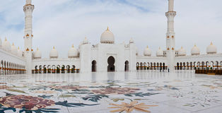 Sheikh Zayed Mosque le 5 juin 2013 en Abu Dhabi Photos stock