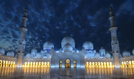 Sheikh Zayed Mosque at night, Abu Dhabi Royalty Free Stock Photos