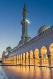 Sheikh Zayed Tusen dollar Moské i Abu Dhabi Royaltyfri Bild