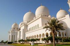 Sheikh Zayed Tusen dollar Moské under solnedgång Arkivfoton