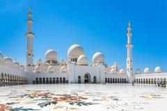 Sheikh Zayed Uroczysty meczet na Październiku 2, 2014 w Abu Dhabi Zdjęcie Stock