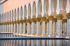 Sheikh Zayed White Mosque in Abu Dhabi Stockbilder