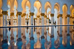 Sheikh Zayed White Mosque in Abu Dhabi Stockfotos