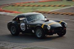 Shelby Cobra 289 hardtopprov 2016 på Monza Arkivbilder