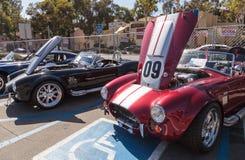 Shelby Cobra roja y blanca 1965 Imágenes de archivo libres de regalías